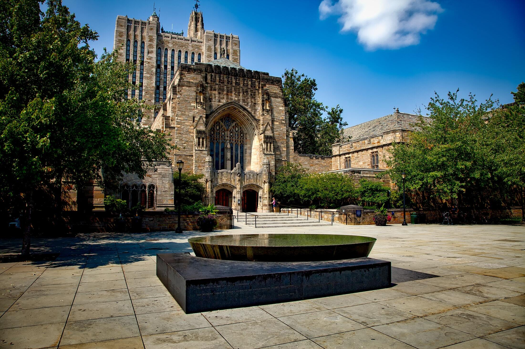 5 key considerations when applying to US universities